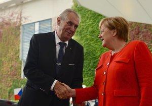 Návštěva prezidenta Miloše v Německu vyvrcholila setkáním s kancléřkou Angelou Merkelovou.