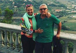 Eva Holubová na cestách s manželem Miroslavem Zdeňkem