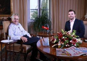 Z Lán pro Blesk: Prezident Zeman o zapálení muže na výročí Palacha i kauze Huawei