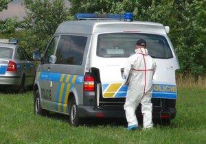 Umírajícího mladíka (†16) našli v noci u silnice na Vysočině! Kriminalisté nařídili pitvu