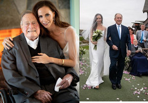 Exprezident George Bush mladší vdával dceru Barbaru, na svatbu dorazil i exprezident George Bush starší (94).