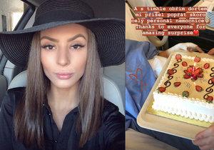 Popálená Týnuš Třešničková poslala z nemocnice první fotku.