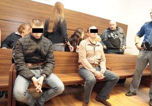 Brutální vražda v autobusu na Smíchově: Chtěl jsem jen odzbrojit střelce, byly tam děti, tvrdí obžalovaný