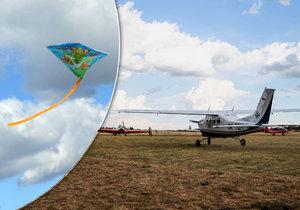 Hazard na letišti v Točné: Někdo tu pouštěl draka ve chvíli, kdy vzlétalo letadlo