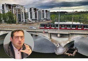 """Náhradní most za """"Libeňák"""" má stát vedle něj. Poslouží chodcům a řidičům, vyjde na 85 milionů"""
