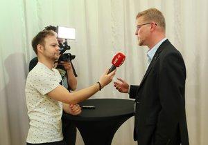 Pavel Bělobrádek už nebude kandidovat na předsedu KDU-ČSL. Skleróza prý postupuje pomalu, chce být s rodinou.