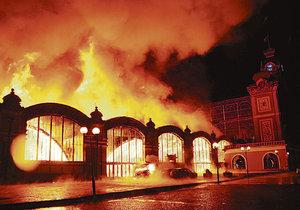 Tragické výročí Výstaviště: Před 10 lety shořelo křídlo Průmyslového paláce, zasahovalo 200 hasičů