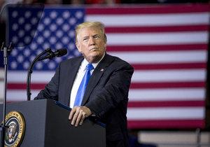 """Putin má prsty v atentátech, připustil Trump. A změna klimatu """"není kachna"""""""