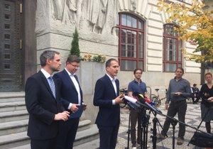 Praha sobě, Piráti a Spojené síly pro Prahu pokračují v jednání.