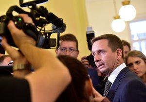 Soud o zmanipulovaných zakázkách pražského dopravního podniku pokračuje.