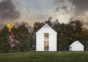 Ekologická farma s posuvnými okenicemi získala ocenění  v architektonické soutěži AIA Awards 2017