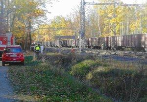 Mezi Běchovicemi a Úvaly zabil nákladní vlak člověka. Na místě byl omezený provoz