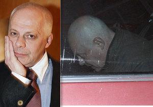 Bob Klepl se po 20denním zmizení schovával v autě.