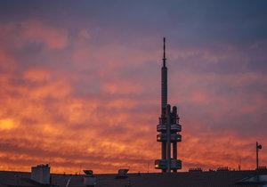 Západ slunce nad Prahou: Hostivařská radnice vyhlásila soutěž pro talentované fotografy