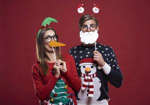 Vánoční svetry si vaše rodina zamiluje.