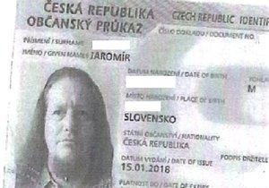 Vlasatý podvodník vybral z cizího účtu přes půl milionu! Řádil v bankách po Evropě, může být Čech