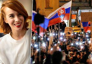 Herečka Pauhofová mezi demonstranty. Chtějí státní převrat, je za tím Soros, tvrdí anonym