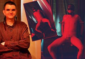 Nechal si sahat na penis od cizích: Petr (30) byl exponátem na výstavě nahých mužů, nejvíc se bál erekce
