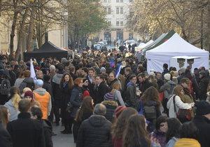 Festival svobody zaznamenal rekordní účast: V pražských ulicích se sešlo 132 tisíc lidí