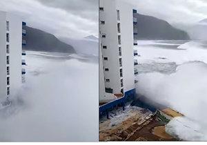 Obří příboj zasáhl hotel na pobřeží. Turisty museli evakuovat