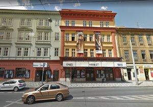 Loupež ve Švandově divadle objasněna: Policie dopadla dva zločince, pro divadlo dřív pracovali