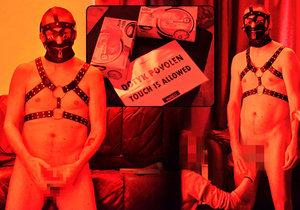 Výstava skutečných nahých mužů