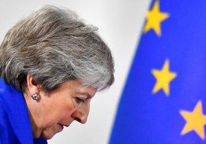 Premiérka Theresa Mayová se v Dolní sněmovně nadále snaží získat podporu pro brexitovou dohodu, kterou britští poslanci opakovaně odmítli, stále ale nemá dostatek hlasů, a proto tento týden nové hlasování o dokumentu nepředpokládá.