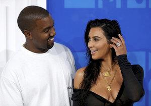 Kanye West a Kim Kardashian to schytali od fanoušků.