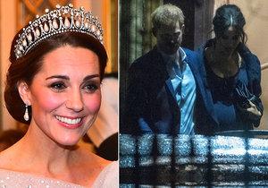 Vévodkyně Kate vynesla na banket korunku po Dianě, vévodkyně Meghan byla v tu chvíli na mši za zesnulého přítele.