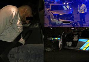 Muž v kradeném autě ujížděl policistům, pak smetl jejich vůz.