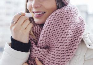 Test balzámů na rty: Který vás v zimě nezklame?