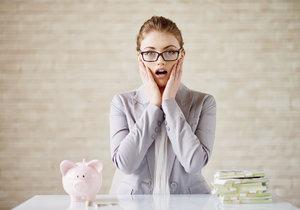 Chybí vám peníze? Je to kvůli těmto každodenním návykům. Zkuste to jinak!