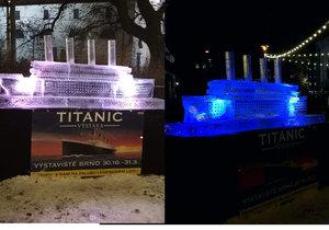 Ledová plastika Titanicu budí na Moravském náměstí v Brně od samého začátku po dohotovení pozornost návštěvníků vánočních trhů.