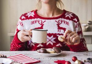 Šest vánočních hříchů! Je horší vánočka, cukroví nebo řízek?
