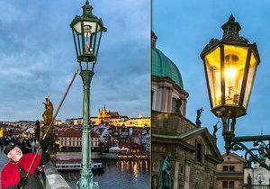 Každý prosinec vyráží Jan Žákovec na Karlův most ručně postaru rozsvěcet plynové lampy. Budí tak zaslouženou pozornost turistů i místních, kteří vzpomínají na časy, kdy se lampáři po ulicích pohybovali běžně.