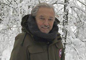 """Karel Gott byl """"sněhem zavátý"""""""