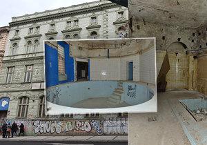 Budova bývalých městských lázní z roku 1903 rok od roku pustne a chátrá.