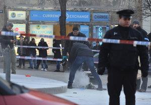 18. leden 2019: Neznámý muž se polil hořlavou látkou a na Václavském náměstí se podpálil. I přes rychlý zásah kolemjdoucích, kteří jej hasili, je podle všeho popálený na 30% těla.