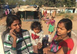 Chatrče, špína a pobíhající děti: Příjezdovou cestu na summit v luxusním indickém centru, kam vyrazil i Babiš, lemují slumy