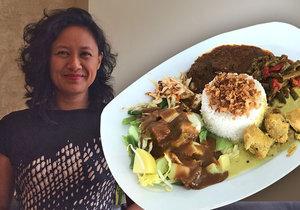 Juanita Kansil vede v Praze autentickou indonéskou restauraci. Sází především na rodinné recepty, poděděné z generace na generaci.