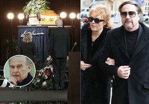Pohřeb Luďka Munzara v Národním: Mezi prvními přišla Barbora Munzarová s Martinem Trnavským.