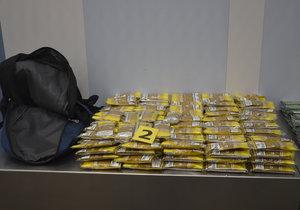 Ženy se pokusily do Česka propašovat 40 kg tabáku.