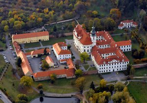 Současná podoba Břevnovského kláštera. O jeho založení se zasadil Boleslav II.