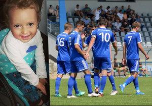 Mladí fotbalisté Sigmy pomáhají: Peníze z lístků věnují nemocnému Patrikovi (2)