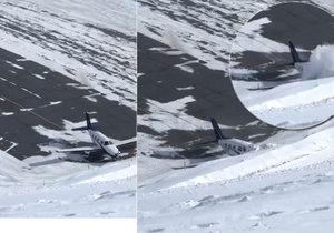 Děsivé záběry nehody letadla: Na namrzlé ranveji nedobrzdilo a skončilo v hoře sněhu.