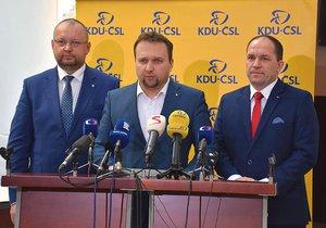Kandidáti na předsedu KDU-ČSL: Zleva Jan Bartošek, Marian Jurečka a Marek Výborný