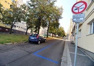 Praha 13 zvažuje modré zóny: Názor obyvatel má odhalit průzkum