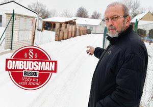 Vlastislav Dočkal (69): Nutí mě »utopit« 350 tisíc za kanalizaci