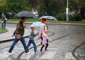 Příští týden bude v Praze deštivo a větrno.