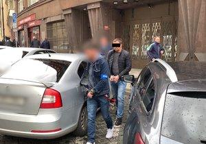 Razie v centru Prahy: Policisté zadrželi skupinu převaděčů